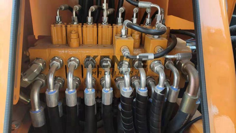 hydraulic pipes of 8T wheel excavator